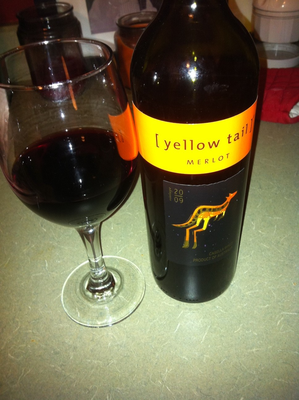VV | [yellow tail] Merlot | Eat.Drink.Repeat.