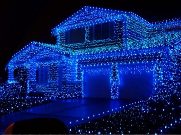 the ultimate festive homes 6 crazy christmas light displays lime property