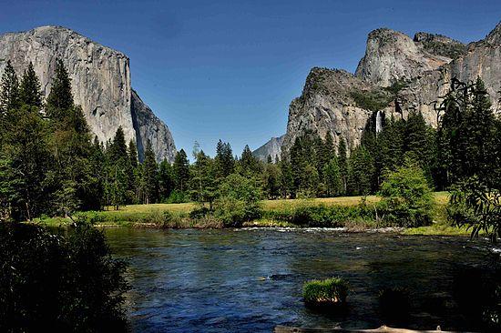 550px-Yosemite_USA